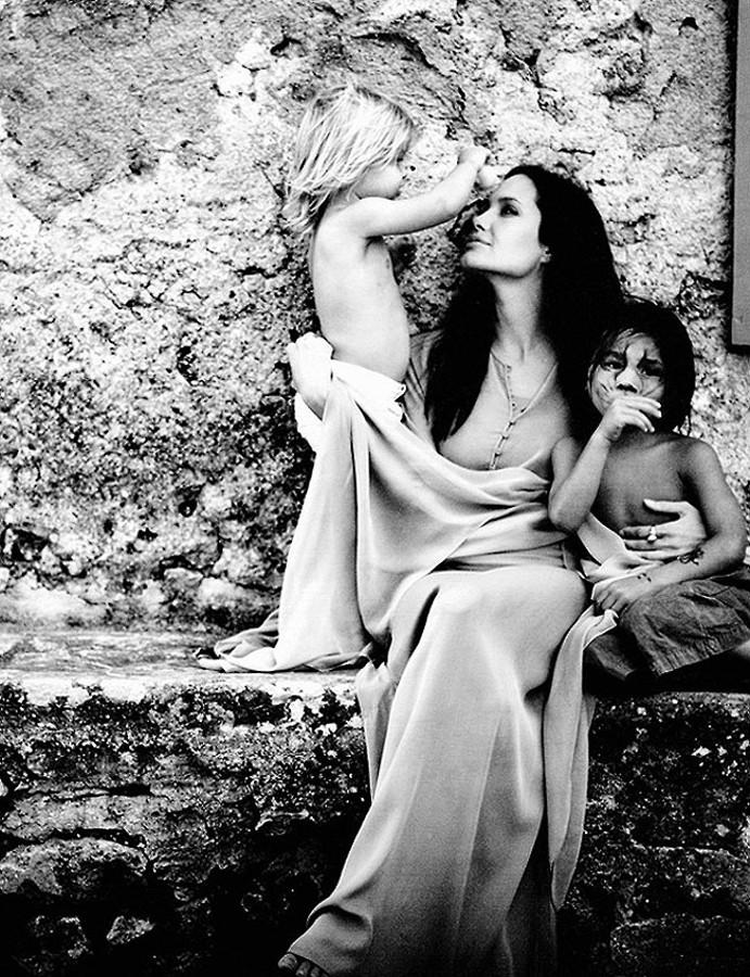 Jolie by Pitt 00003